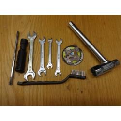 Kit de 7 outils de secours...